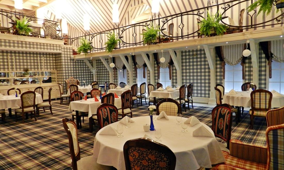 hotel st bruno, zamek krzyżacki w Giżycku, spa, kręgle, basen, niegocin, mazury - haart.pl blog diy zrób to sam