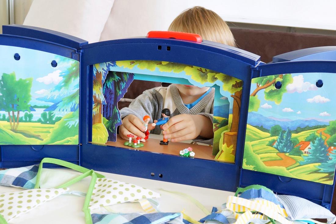teatrzyk playmobil, zabawa z dziećmi, w domu, domowy teatr lalek, recenzja, czy warto kupić - haart.pl blog diy zrób to sam