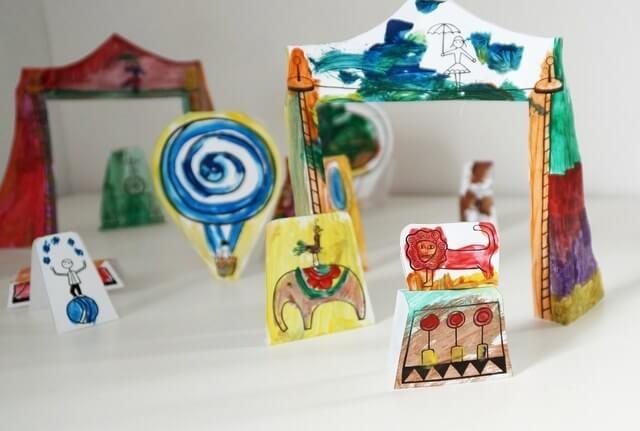 cyrk diy, kreatywna zabawa z dzieckiem