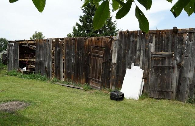 stodoła pełna skarbów, remont, rozbiórka, demolition, deski, drewno - haart.pl blog diy zrób to sam 1