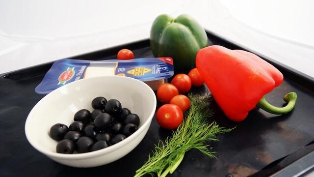 składniki do warzywnej przystawki na cieście