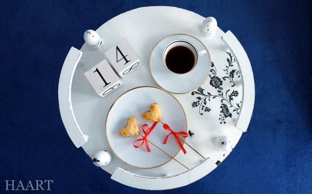 walentynkowe serce na patyku, ciasto francuskie, pieczenie, walentynki, dla zakochanych, przepis krok po kroku, instrukcja - haart.pl blog diy zrób to sam 7
