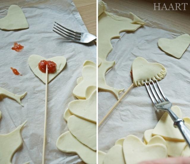 walentynkowe serce na patyku, ciasto francuskie, pieczenie, walentynki, dla zakochanych, przepis krok po kroku, instrukcja - haart.pl blog diy zrób to sam 4