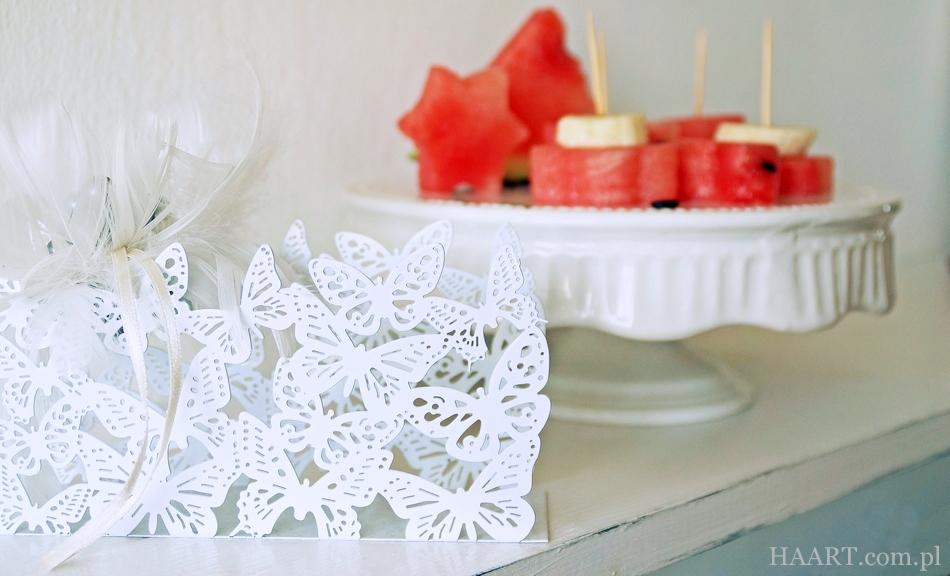 podanie arbuza na 5 sposobów, do jedzenia, jako dekoracja, instrukcja krok po kroku, idealny owoc na gorące dni, lato - haart.pl blog diy zrób to sam 3