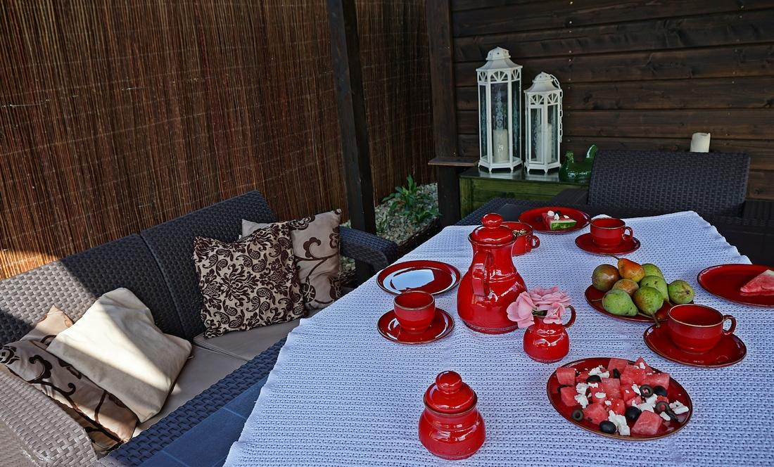 meble ogrodowe na taras lub werandę aranżacja - haart.pl blog diy zrób to sam