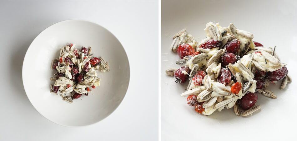 karmnik dla ptaków diy, formowanie masy z ziaren, jarzębiny i owoców róży