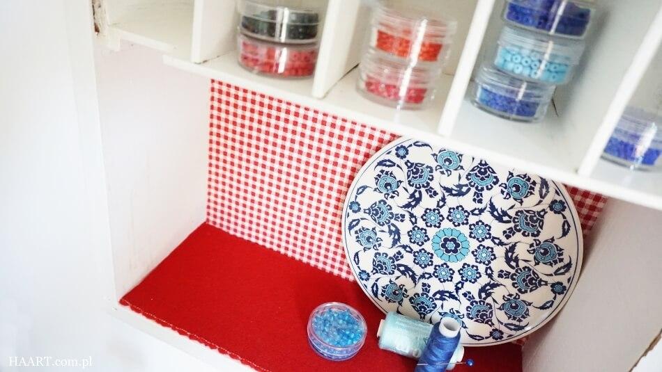 oklejanie tkaninami, wnętrze odnowionej apteczki