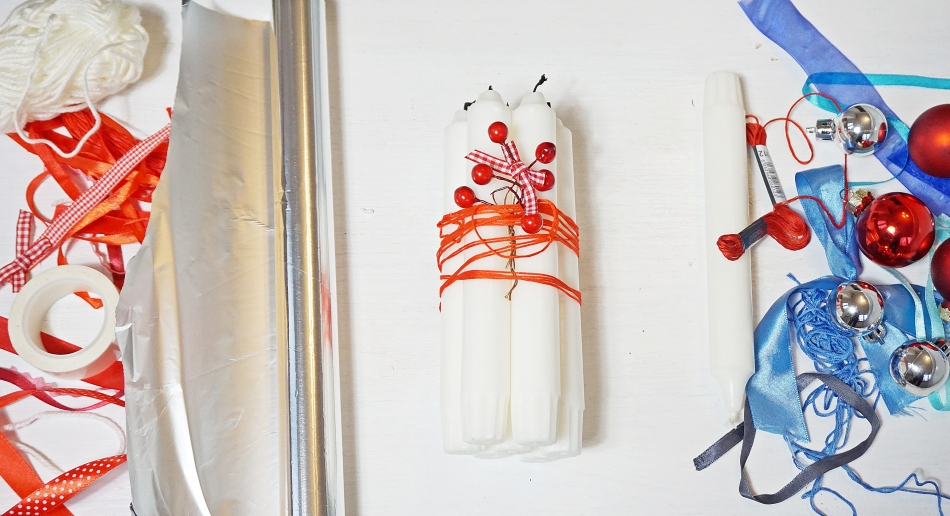 świąteczne stroiki czerwony stroik czerwone bombki, satynowa wstążka, świeca, nożyczki, koraliki, rama do zdjęcia wykonaj samodzielnie - haart.pl blog diy zrób to sam 5