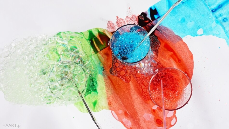 bańki mydlane, malowanie bańkami na papierze