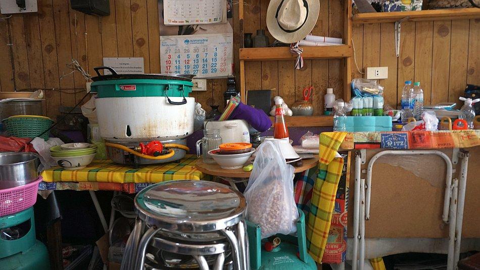 bangkok zabytki wat arun, wat pho leżący budda, pałac królewski jedzenie lunch - haart.pl blog diy zrób to sam 1