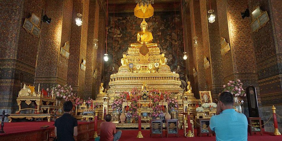 bangkok zabytki wat pho złoty budda świątynia wnętrze - haart.pl blog diy zrób to sam 2