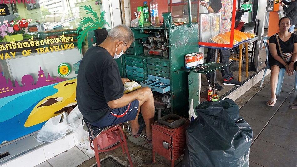 bangkok zabytki zwykli ludzie praca na ulicy - haart.pl blog diy zrób to sam