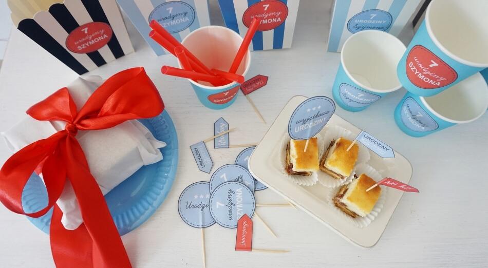 Urodzinowe dekoracje diy, szablon do druku, pikery do muffinek, naklejki na kubki i pudełka