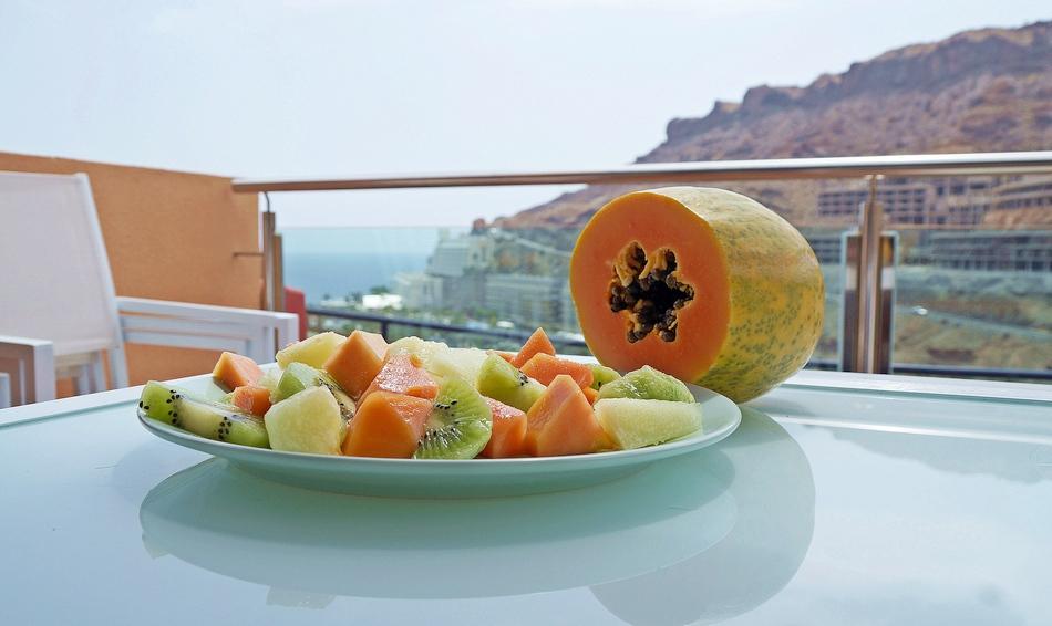 gran canaria ceny hiszpania co jeść gdzie kupować i ile płacić podróże z dzieckiem wakacje owoce - haart.pl blog diy zrób to sam 12