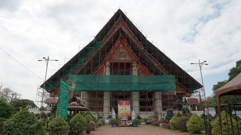 ayutthaya, tajlandia, bangkok, podróż pociągiem, vihara phra, budda, świątynia, wycieczka z dzieckiem - haart.pl blog diy zrób to sam