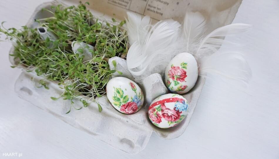 pisanki na wielkanoc diy decoupage rzeżucha w skorupkach jajek