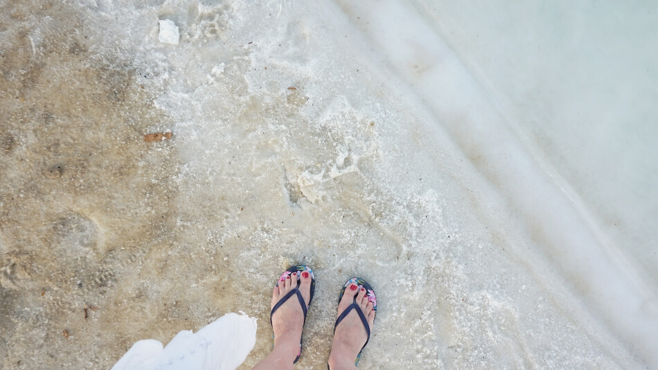 morze martwe izrael piasek i sól na zohar beach