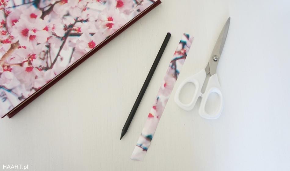 Metamorfoza kalendarza i ołówka
