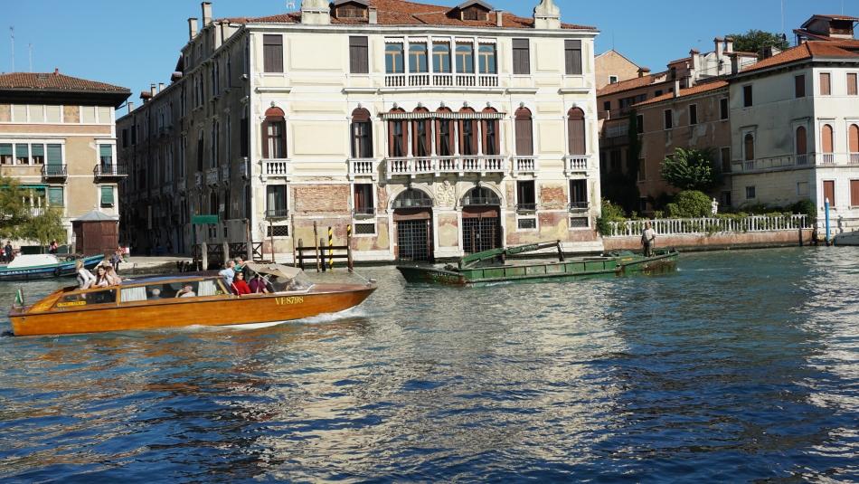 Wenecja łódka remontowa