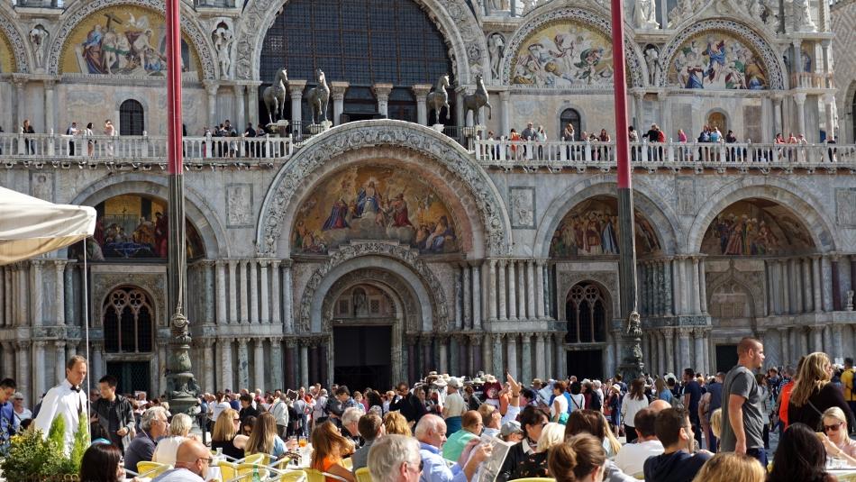 Wenecja z tysiącami turystów