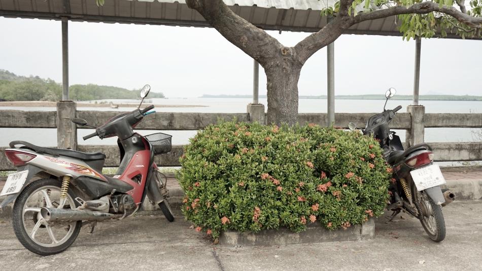 koh lanta tajlandia motorowery
