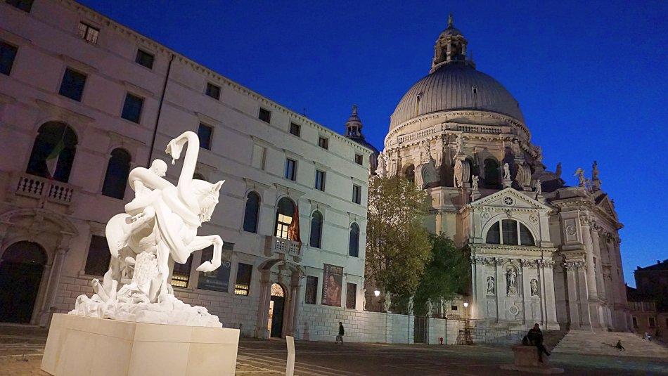 zabytki wenecji wenecja włochy santa maria della salute noc