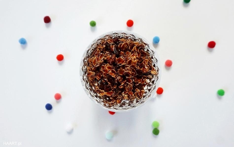 płatki owsiane w czekoladzie na deser w papilotce