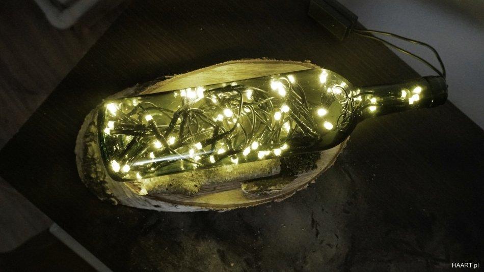 warsztaty upcyclingowe lampa z butelki diy, gotowa i świecąca lampa