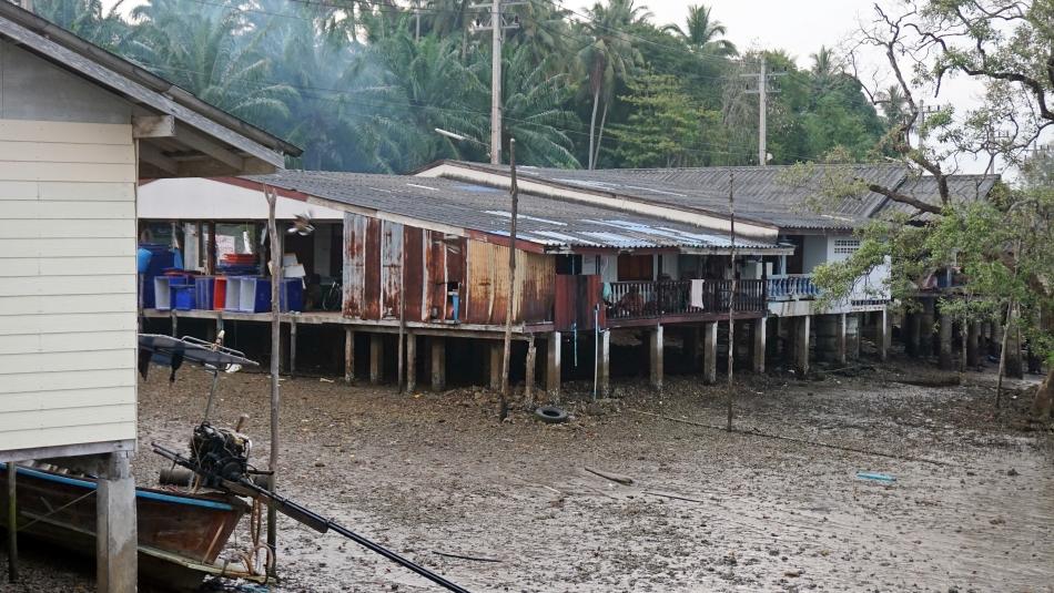 Wioska Laemhin w Tajlandii w prowincji Krabi