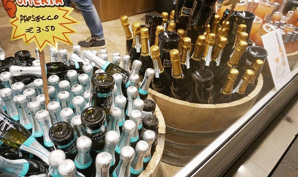 Ceny w Wenecji Wino musujące
