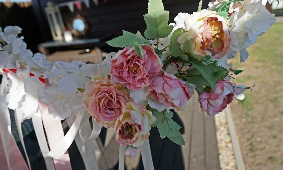 hula hop z kwiatami na ślub