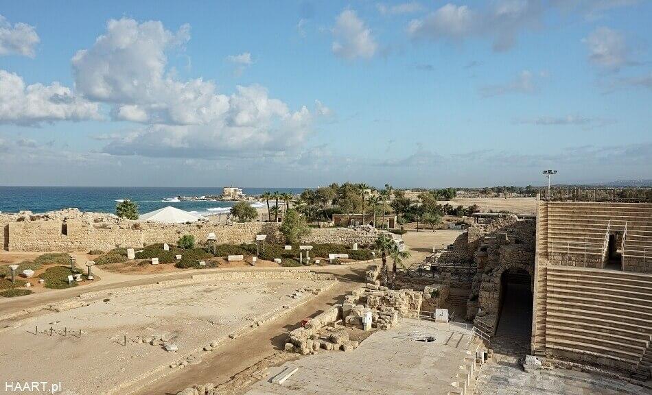 cezarea nad morzem śródziemnym w izraelu panorama z amfiteatru