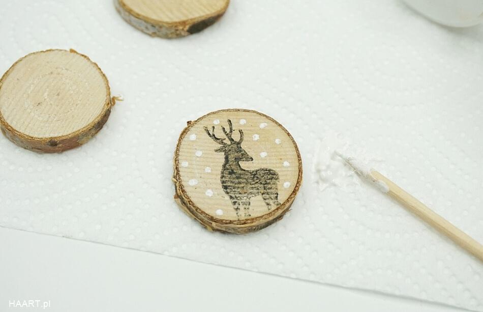 świąteczne plastry drewna z motywem jelenia