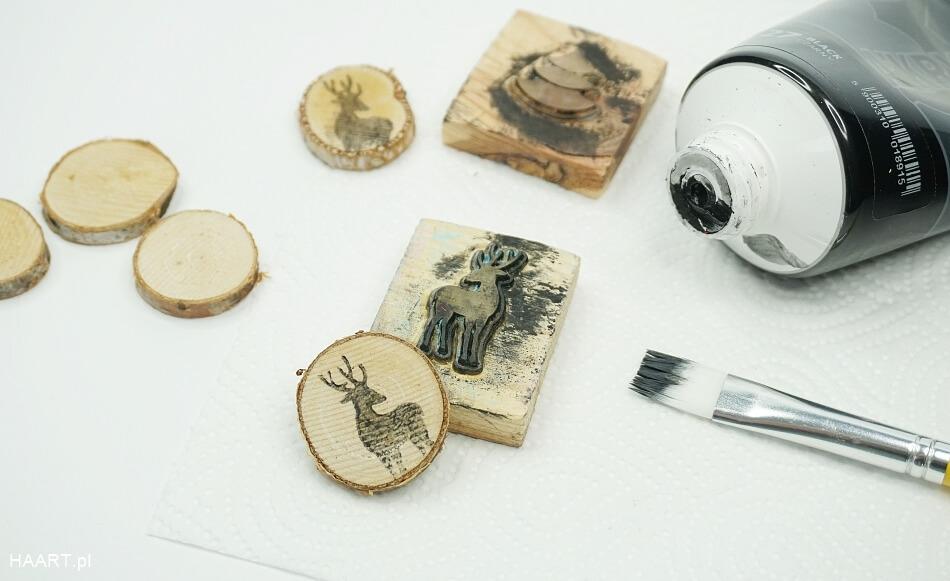 świąteczne plastry drewna, jeleń na drewnie