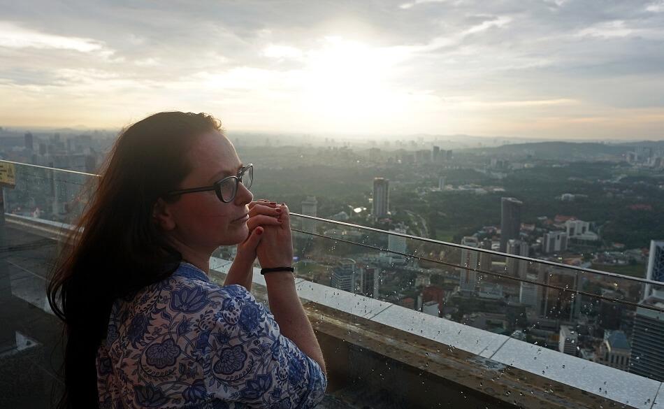 haart hanna kozłowska kuala lumpur zachód słońca na kl tower menara malezja