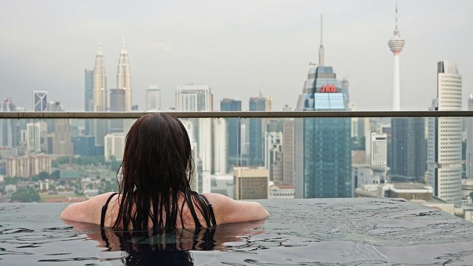 Basen na dachu, 37 piętro, Regalia Suite, Kuala Lumpur malezja