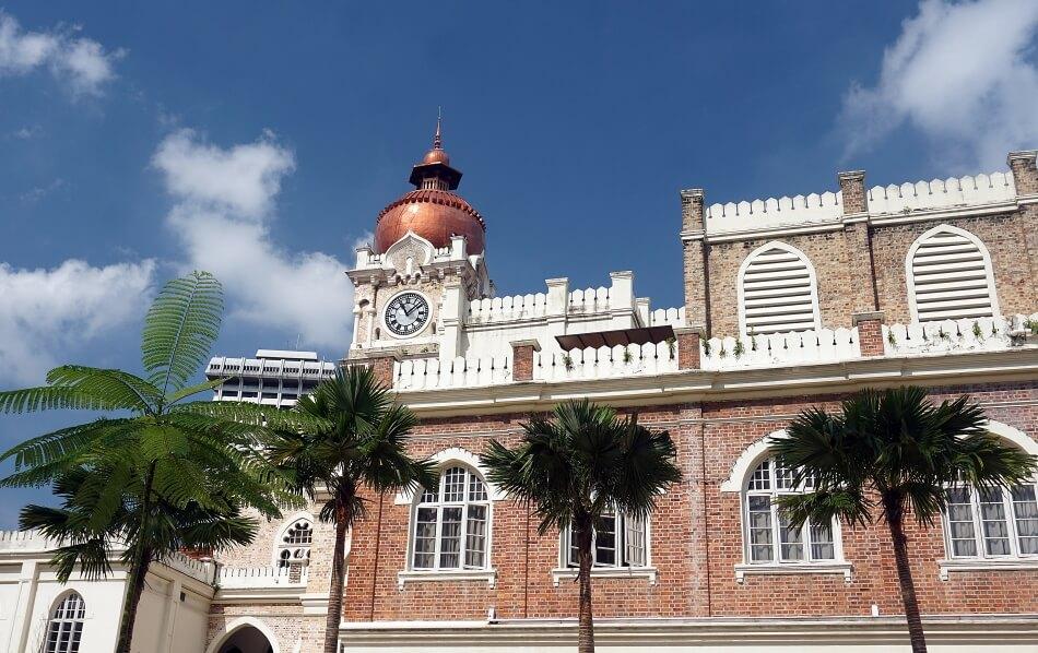 malezja pałac sułtana Abdula Samada wieża zegarowa