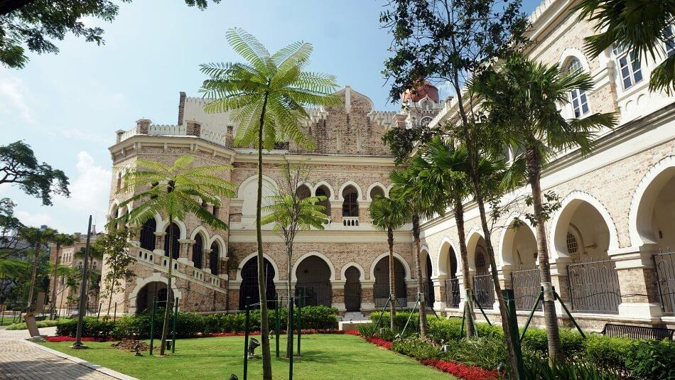 malezja pałac sułtana Abdula Samada alejki i ogrody