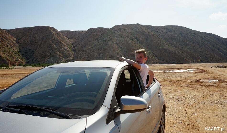 Oman samochodem z dzieckiem